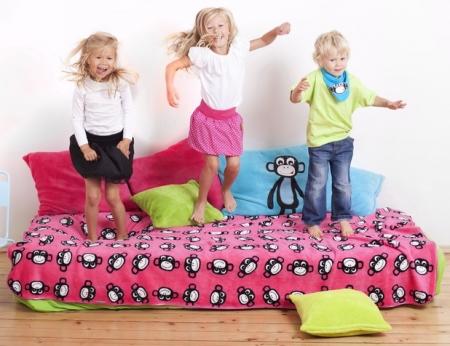 přehoz přes postel Monkey Pink