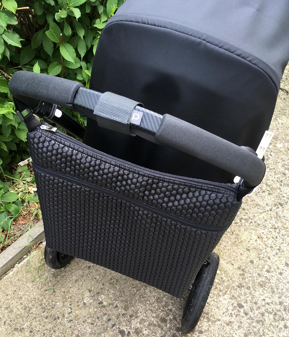 kliknutít zobrazíte maximální velikost obrázku Fixační proužek pro uchycení tašky