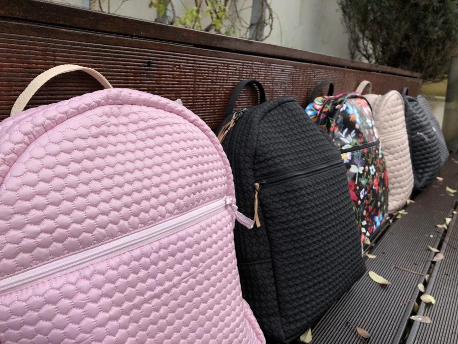 kliknutít zobrazíte maximální velikost obrázku batoh Bugee Light Pink Comb