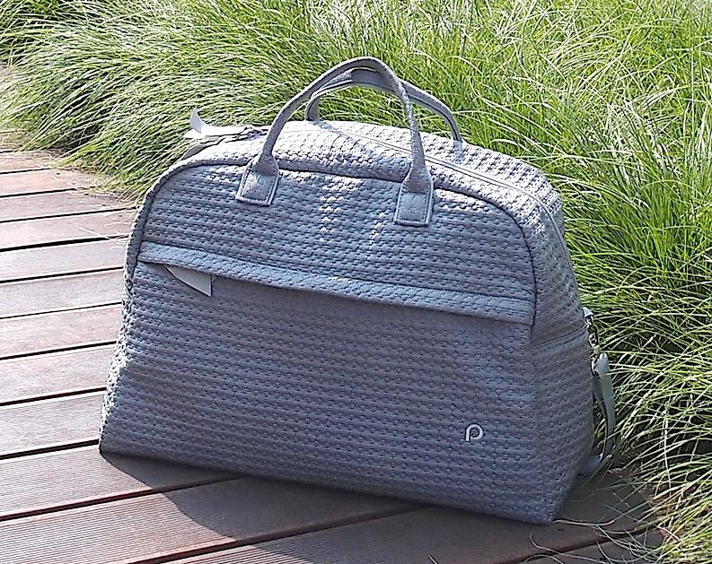 kliknutít zobrazíte maximální velikost obrázku cestovní taška Small Grey Comb