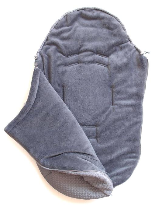 kliknutít zobrazíte maximální velikost obrázku zimní fusak Small Grey Comb 0-12