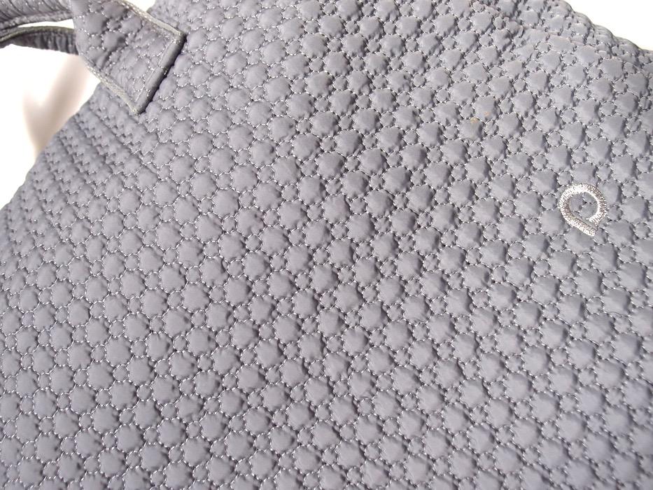kliknutít zobrazíte maximální velikost obrázku kabela Small Grey Comb XL