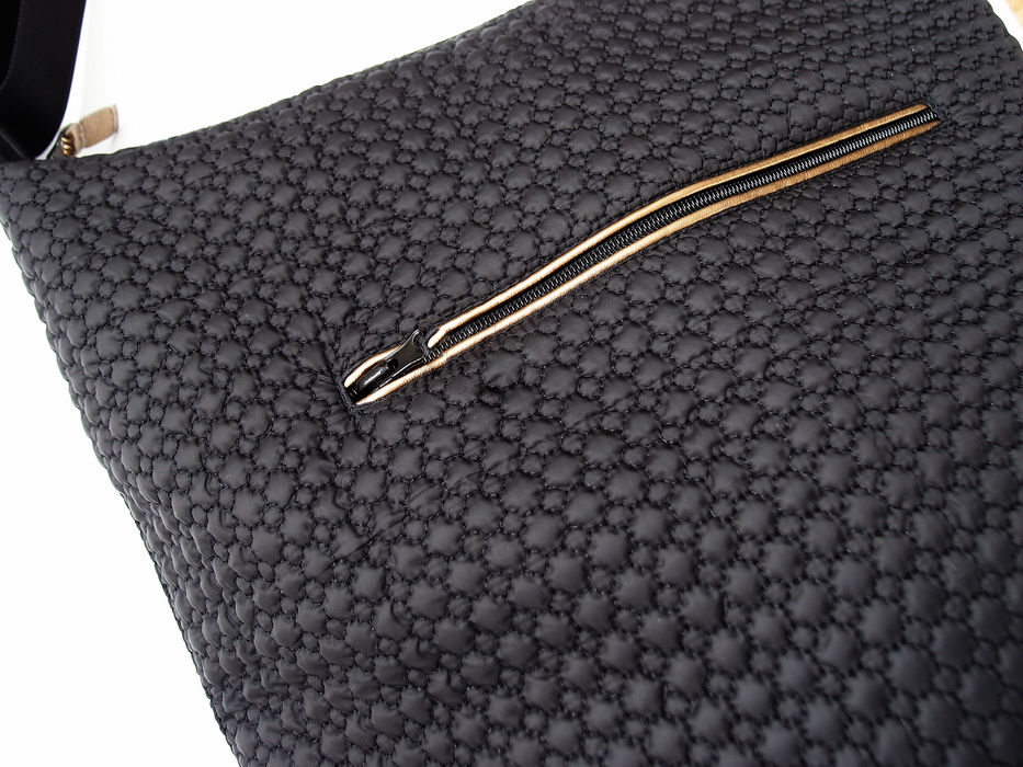 kliknutít zobrazíte maximální velikost obrázku velká taška na kočárek Small Black Comb