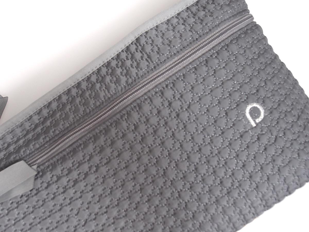 kliknutít zobrazíte maximální velikost obrázku organizér Small Grey Comb s přední kapsou-L