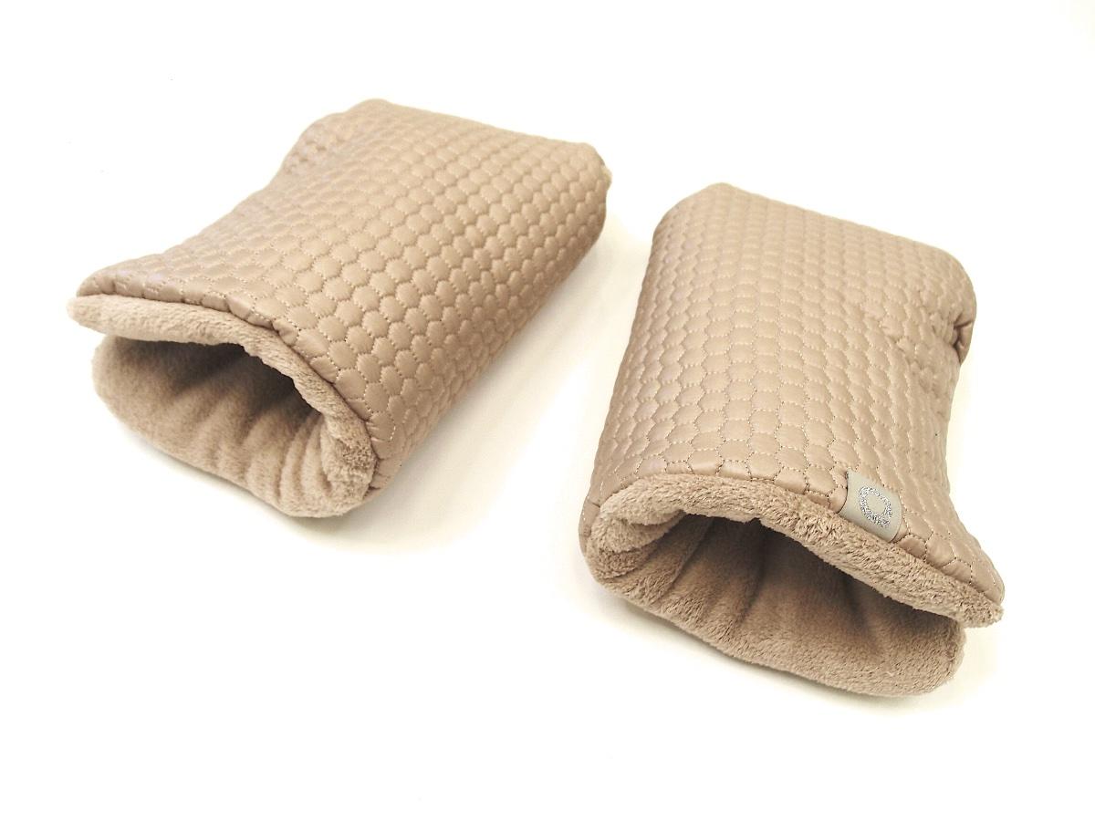 kliknutít zobrazíte maximální velikost obrázku rukavice na kočárek Nut Comb