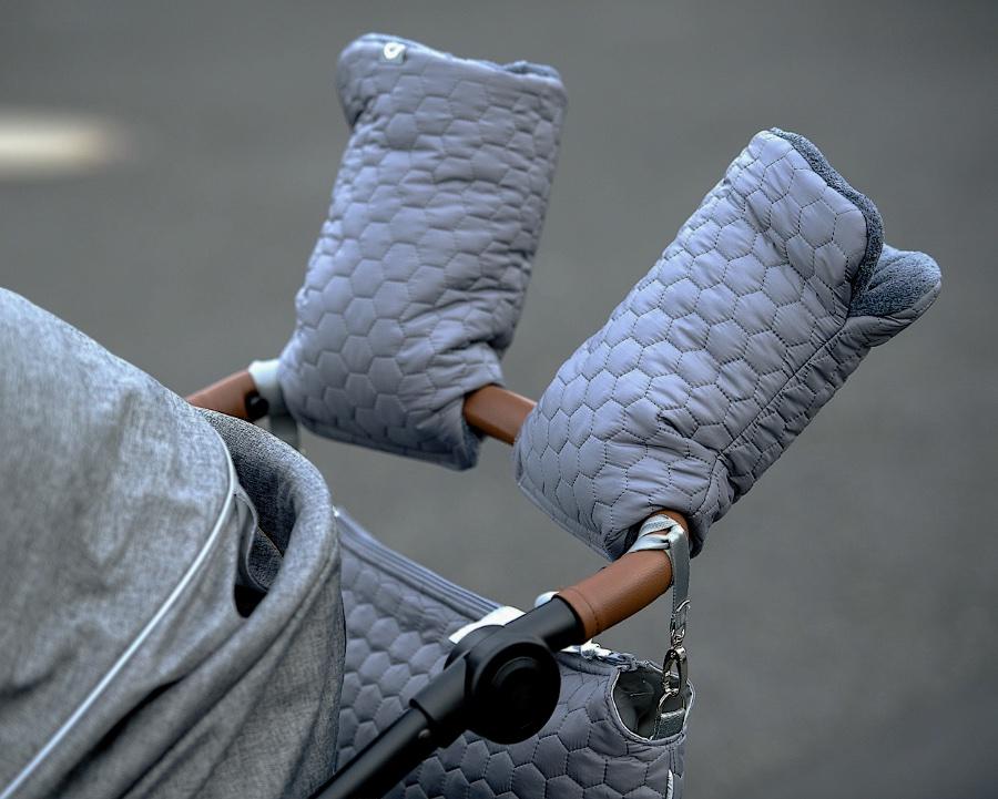 kliknutít zobrazíte maximální velikost obrázku rukavice na kočárek Big Comb Grey