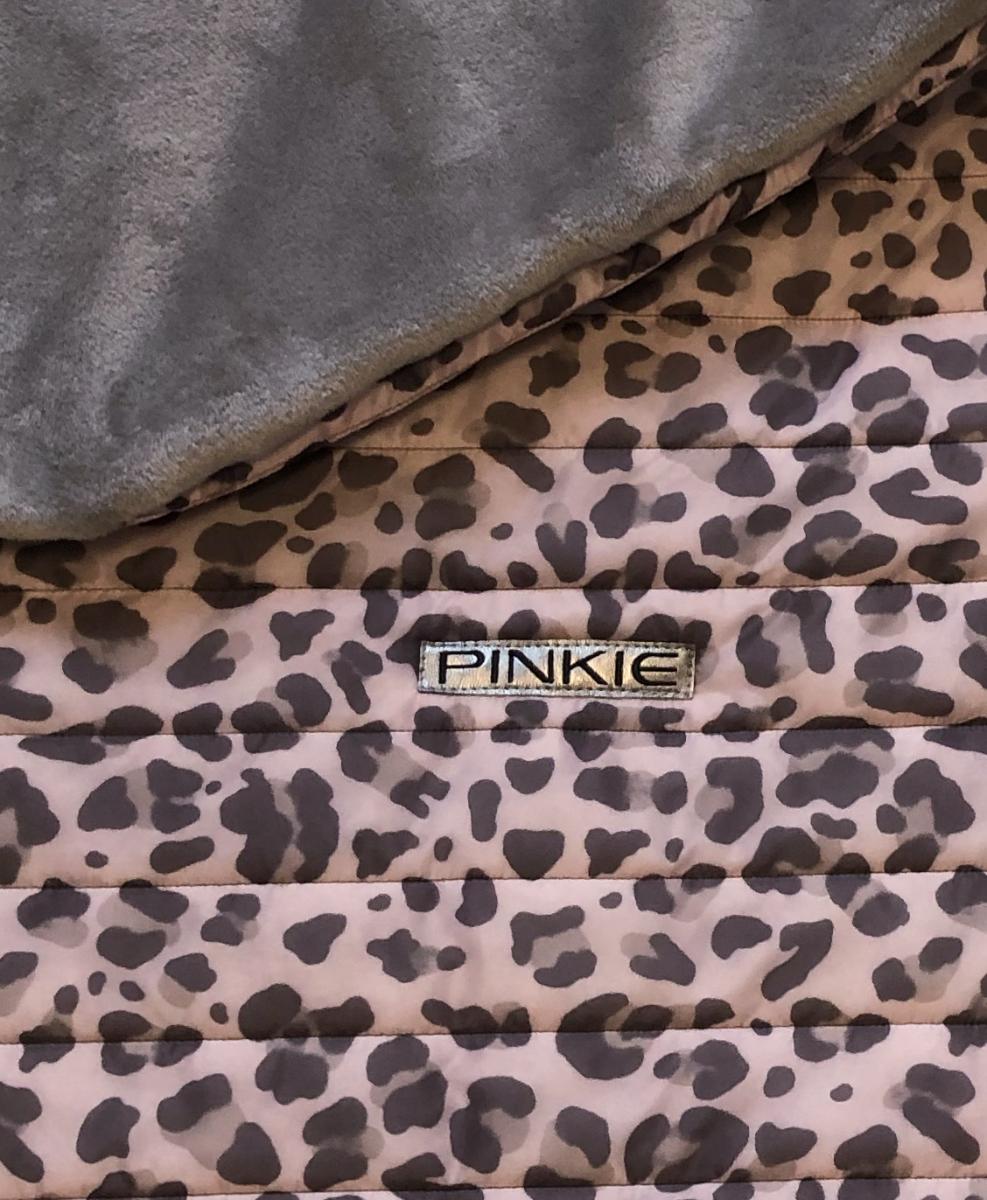kliknutít zobrazíte maximální velikost obrázku zateplená stahovací deka Animal Pink