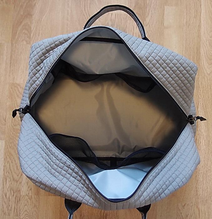 kliknutít zobrazíte maximální velikost obrázku cestovní taška Snow Flower